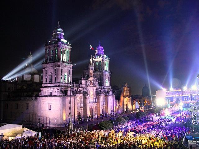 15 de septiembre (Dia del grito)Zócalo, ciudad de México