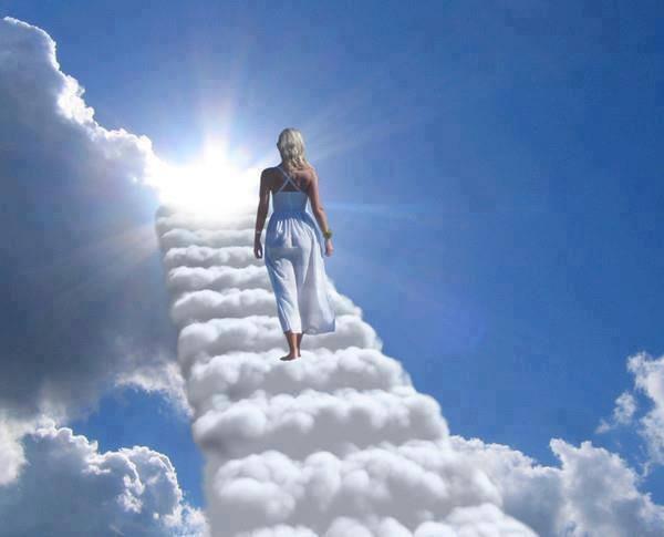 Caminho do céu (Escada) - http://www.facebook.com/photo.php?fbid=316874738445569=a.107158079417237.8991.100003691362918=1_count=1 - 984148_316874738445569_1754160152_n.jpg (600×485)