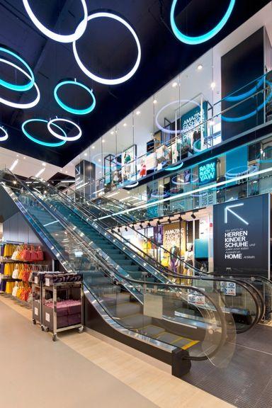 Cl9 berlin ssc photo 1494 escalators shopping mall for Design shops berlin