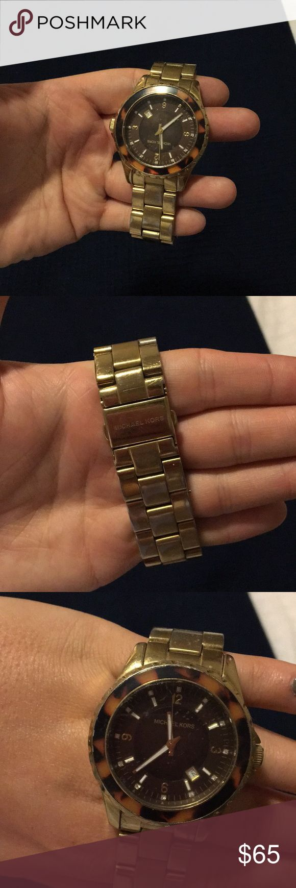 Michael Kors Gold/Tortoise Watch Some tarnishing (pictured) in good condition! Michael Kors Accessories Watches