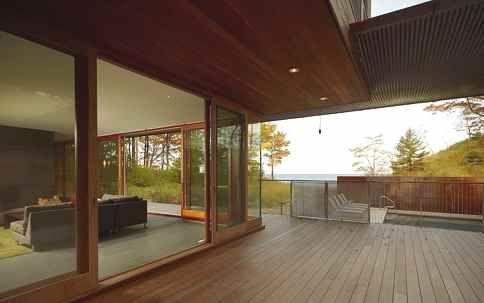 Villa al lago Michigan di Wheeler Kearns Architects