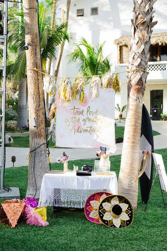 Je kan er een huren maar een #photobooth kan je natuurlijk ook zelf in elkaar zetten! Perfect voor een #bruiloft in de #zomer!