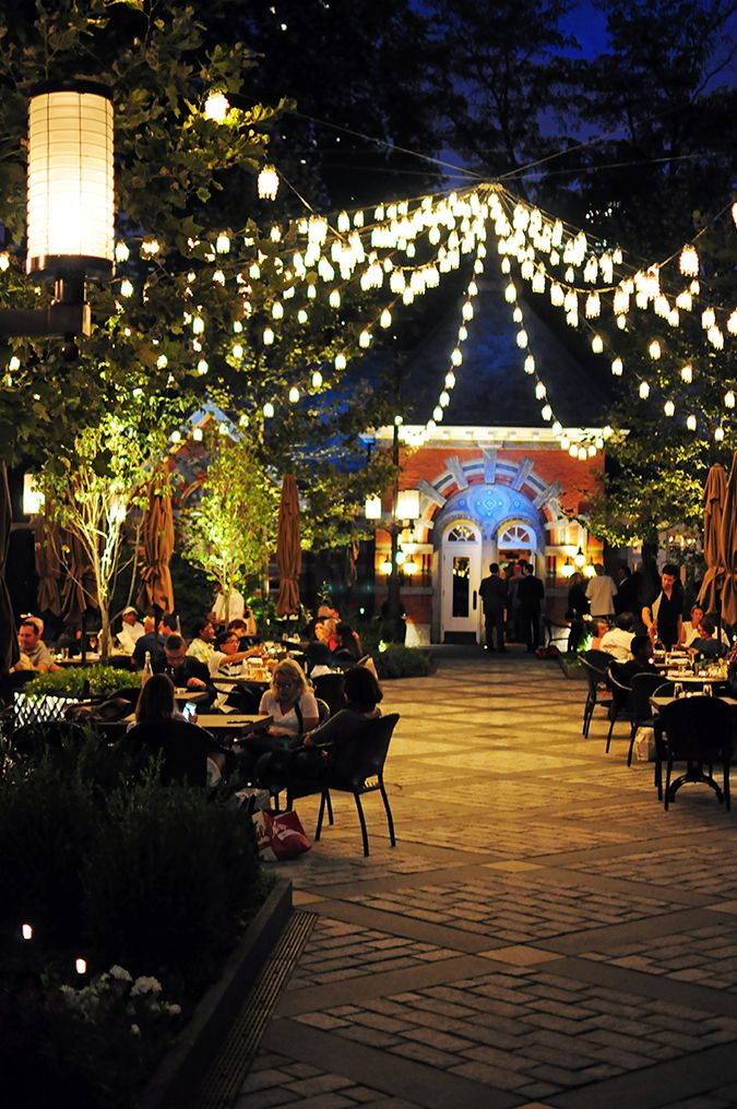 Tavern on the Green - Central Park | NYC | Akanksha Redhu | night lights