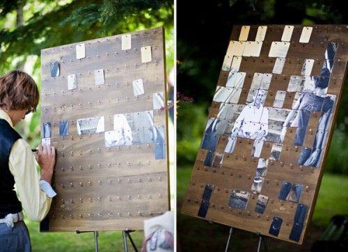 Un livre d'or photo ! Investirdans une impression grand format que vous découperez (éviter de préférence le papier photo car pour écrire au verso, ce sera pas top) en petit rectangle puis vous y ferez un trou avec une perforatrice pour accrocher chaque partie sur les clous.