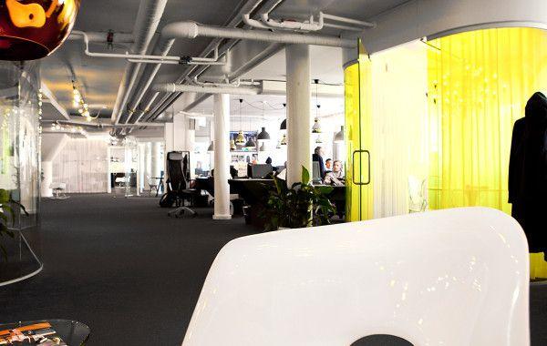 FLEX GLASSLINE är en vägglösning som uppfyller ljus- och designkrav. Vårt modulära väggsystem gör att du kan skapa vägglösningar på det sätt du vill.