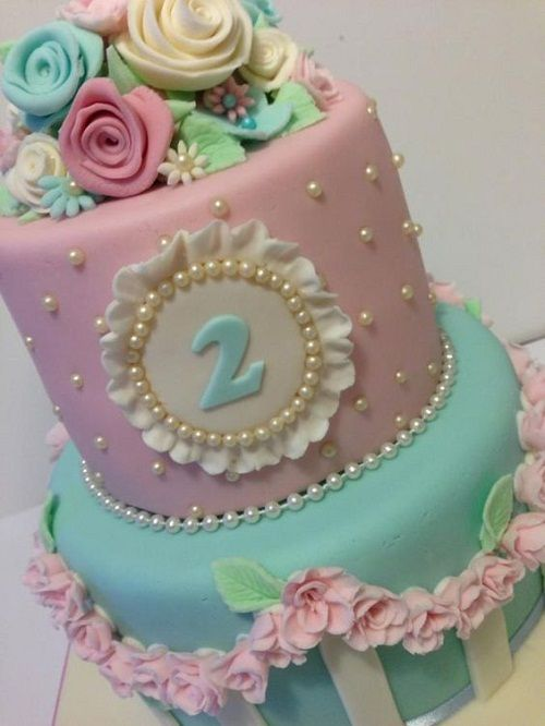 Flowers+and+Pearls+Birthday+Cakes+for+Girls