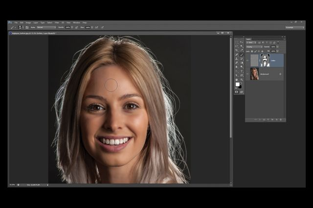 13 Photoshop tutorials that will give your portraits an edge... pin now, check these out later in case they ever come in handy at school