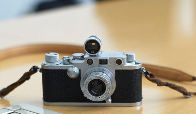 約100年前に35mmフィルムカメラを世界ではじめて製造したライカ。ニコンでも「Fシリーズ」をはじめ、日本メーカーのカメラデザインも、大きな影響を受けている