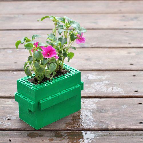 DIY LEGO flower pot (video)