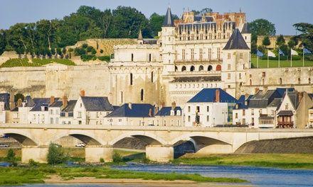 Journée Châteaux de la Loire: En promotion à 29.9€. Découverte des châteaux de la Loire avec guide et transport A/R en autobus climatisé