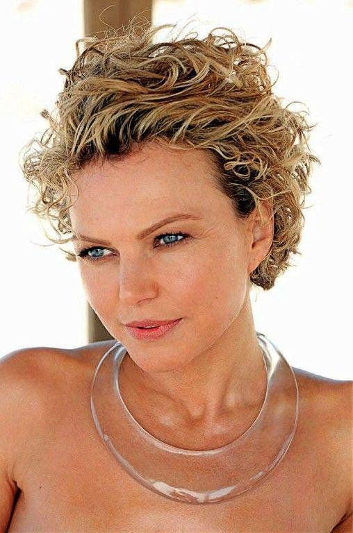 korte haarstijlen voor meer dan 50 – Korte haarstijlen voor dames – Krullende ka…