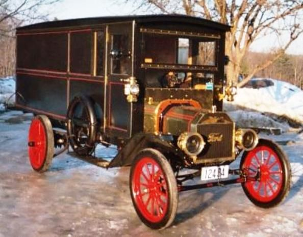 1910 Ford Model T panel truck