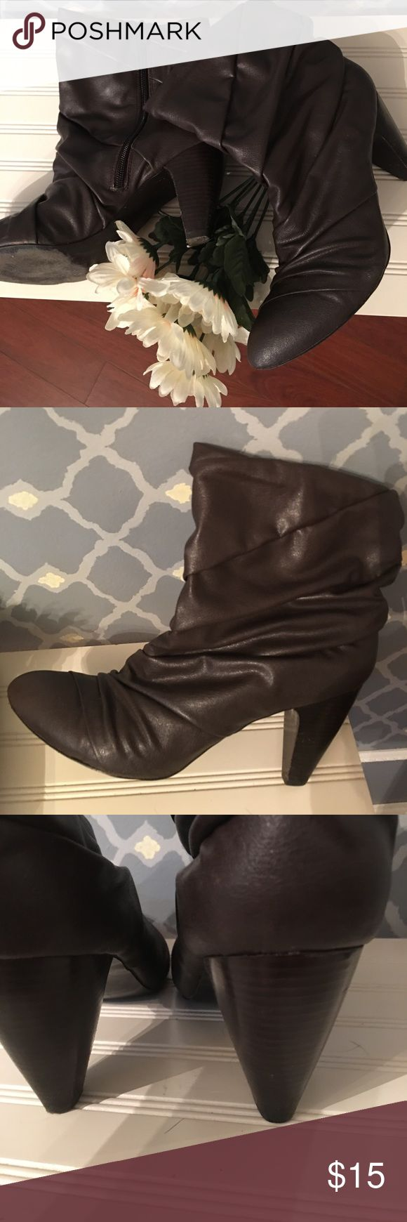 Sofft Shoe short boots Brown Sofftshoes boot. Shoes Ankle Boots & Booties