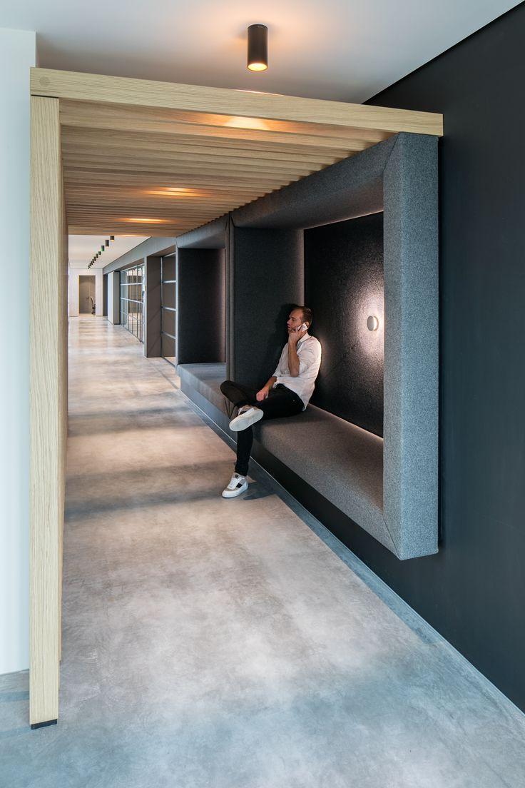 Een strak, internationaal en spraakmakend design. Waarbij gebruik is gemaakt van pure en eerlijke materialen. #kantoor #interieur #design #styling #office #design #interior #DZAP #XLCatlin
