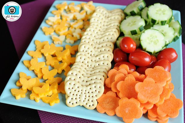 healthy foods for child's party - perfect! already have the butterfly crackers for the party!