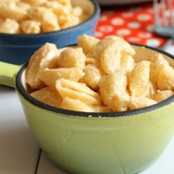 Make that delicious Velveeta mac and cheese you loved as a kid without the preservatives of using actual Velveeta!