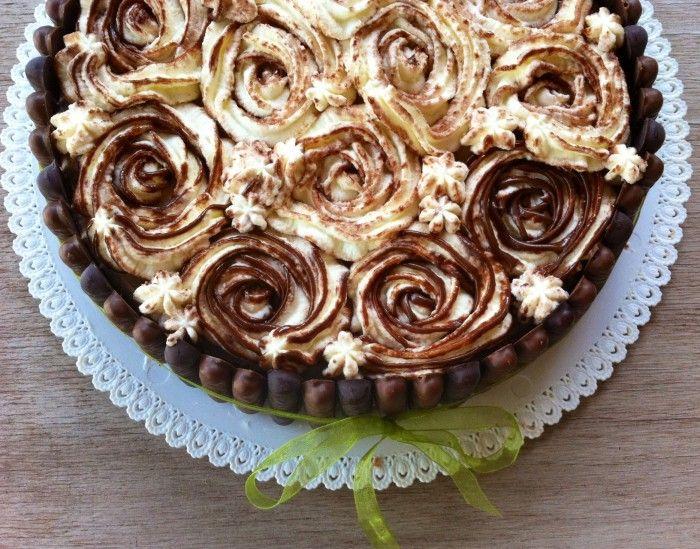 """Torta """"bouquet di rose"""""""