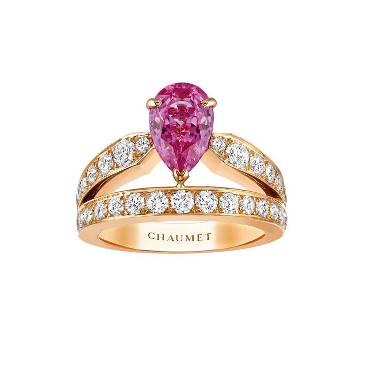 Chaumet Josephine Aube Printanière 1.6 carat pear-shaped pink sapphire ring set in rose gold with brilliant cut white diamonds. Discover the best gemstone for a coloured engagement ring, whether it is traditional or not traditional in design for wedding and bridal season: http://www.thejewelleryeditor.com/bridal/article/sapphire-engagement-rings-number-one-coloured-gem/ #jewelry