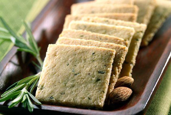Gluten-free ROSEMARY CRACKERS - Almond flour, high in protein, is one of the 5 ingredients needed to make these tasty and quick gluten free crackers. Try subbing a different herb to yield a different flavor, or combine herbs/spices you think might make an interesting snack!