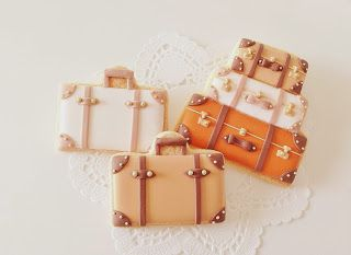 Cake Decor Guernsey Channel Islands : 25+ best ideas about Suitcase cake on Pinterest Travel ...