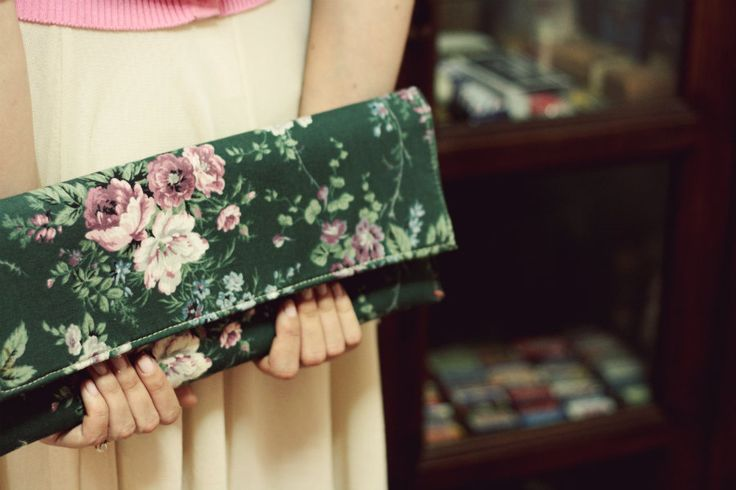 Floral clutch  by Sweetcase.