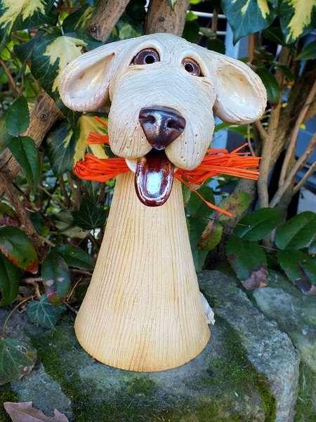 Zaunhocker Hund Gartenkeramik frostfest von Terra-Cottage auf DaWanda.com