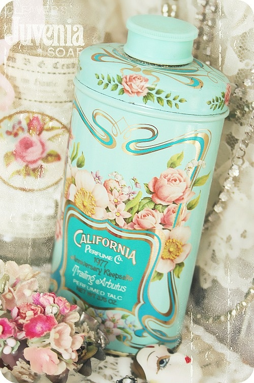 1000+ images about Parfumflessen / Talkpoeder bussen on Pinterest ...
