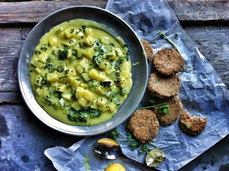 curry-s kókuszos krumplifőzelék