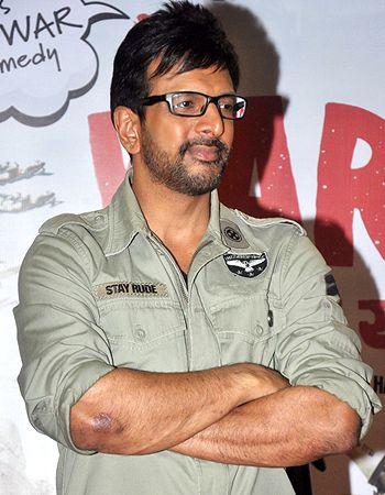 I am not comfortable doing horror or sex movies, says Javed Jaffrey! - http://www.bolegaindia.com/gossips/I_am_not_comfortable_doing_horror_or_sex_movies_says_Javed_Jaffrey-gid-35509-gc-6.html