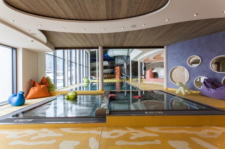 AQUA FUN PARK im STOCK resort mit 70m Reifenrutsche, Jugend Fun Becken und Kinderplanschbecken