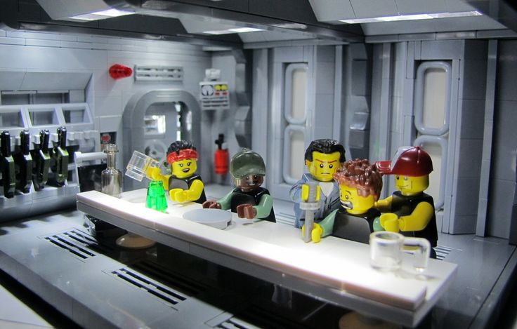 These Aliens scenes recreated in Lego are almost too good: http://is.gd/rCVI81  #GameOverMan