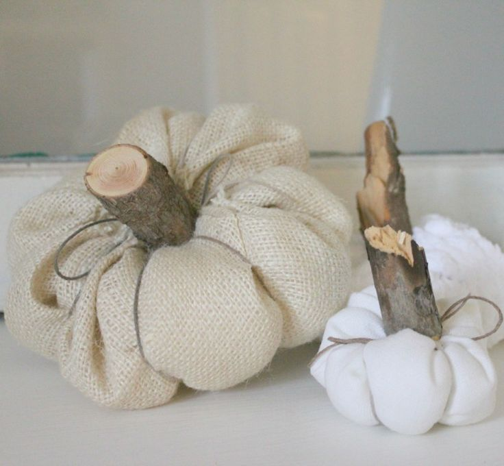 You won't believe how quick and easy these sweet little fabric pumpkins were to…