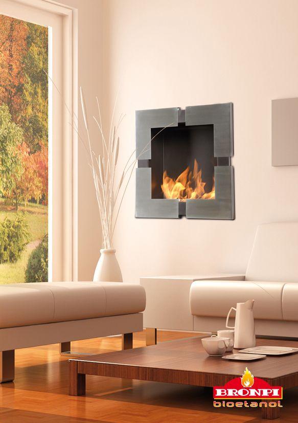 Nos encanta el modelo #Perseo de #BRONPI ¡Encaja a la perfección con la decoración del salón #chimeneas #chimeneasLLAMA