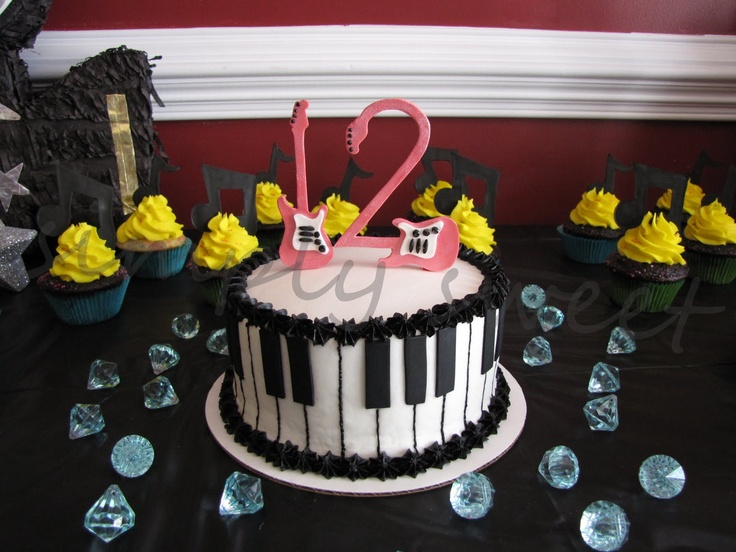 Cake Decorations Music Theme : 32 best music themed cake ideas images on Pinterest ...