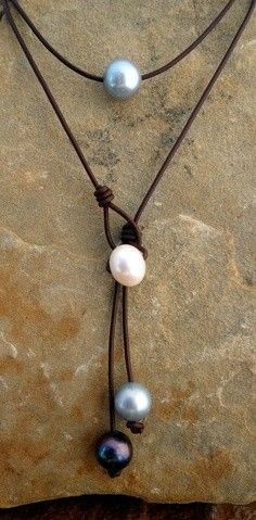 simple, but beautiful necklace!