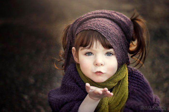 Cette mère prend des photos magnifiques de sa fille à laquelle il manque une main... C'est touchant !