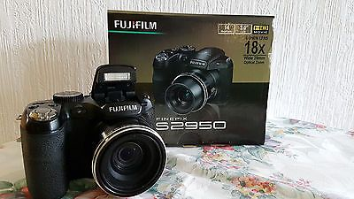 Fujifilm FinePix S Series S2950 14,0 MP Digitalkamera - Schwarzsparen25.com , sparen25.de , sparen25.info