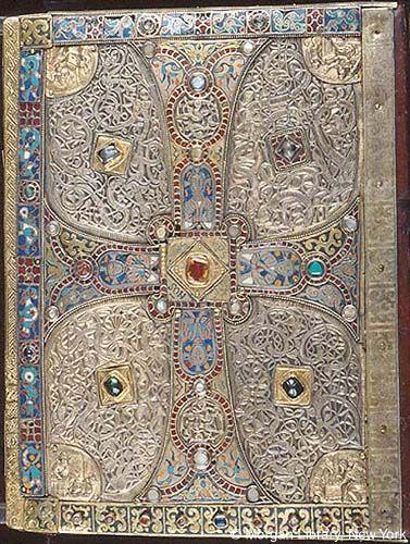Archivo: Cubierta trasera de Lindau Gospels.jpg