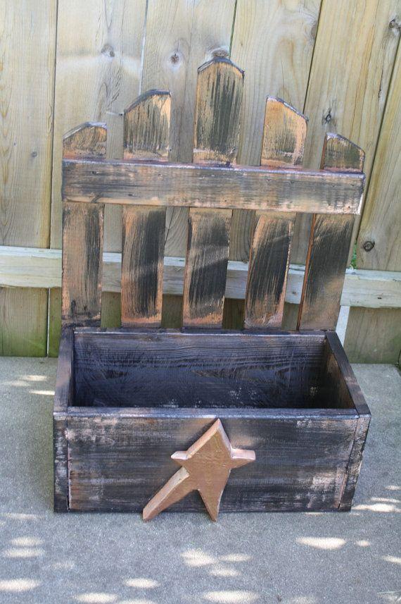Unique Primtiques Primitive STAR Kettle Black & Copper Wooden Picket Fence PLANTER BOX Wood Custom Colors Sizes Available