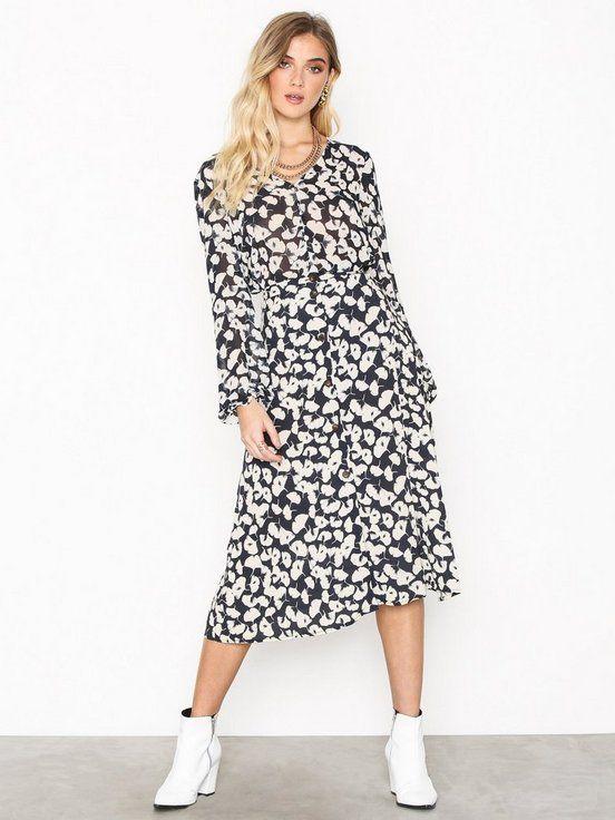dec7e1e2 Vmvenice n/w calf skirt o18 i 2019   nelly   Dresses with sleeves, Skirts  og Vero moda