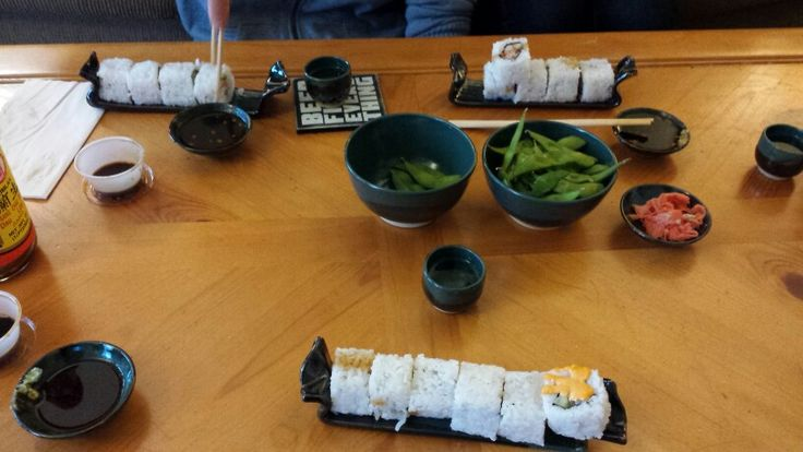 KSmith sushi and sake set