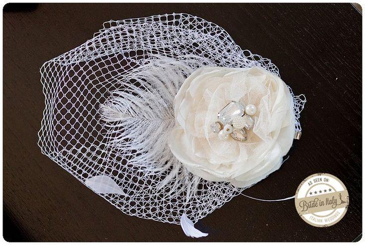 I love this veil headpiece, by Love & Sass, so #vintage - ph Jos Photographers http://www.brideinitaly.com/2013/10/jos-milazzo.html #italianstyle #wedding #bride