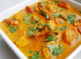 CHUNGDI MALAI - This delicious, mild Prawn curry is so easy to make. The word 'malai' means cream, but this curry gets its creaminess from coconut milk. This is a recipe from  Odisha region, which is famous for its seafood. Serve it with steamed basmati rice. Odisha, India