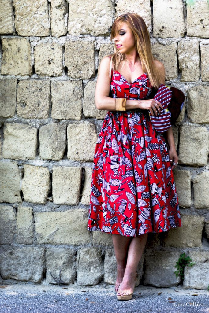 #fashioninspiration #pilloledistile #fashionidea #ootd #outfit #fashionblogger #fashionbloggernapoli #etnic #mood #reddress