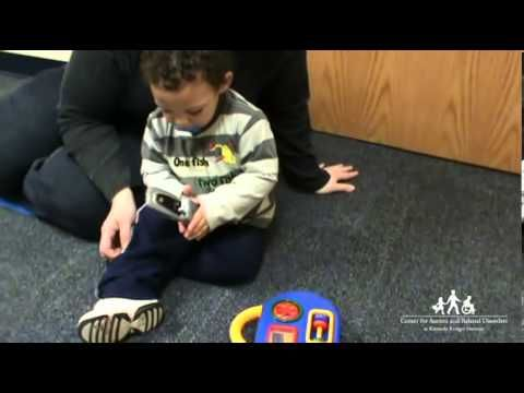 Bringing the Early Signs of Autism Spectrum Disorders Into Focus (short videos comparing NT and ASD toddlers social behavior)
