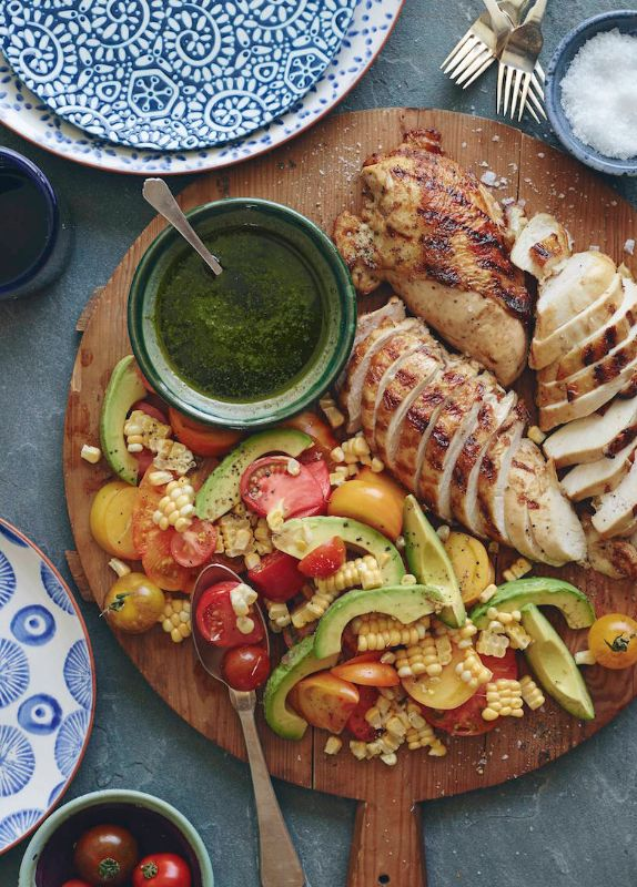 Grilled Chicken and Tomato Avocado Salad from www.whatsgabycooking.com - basically what ever summer dinner should look like!! (@whatsgabycookin)