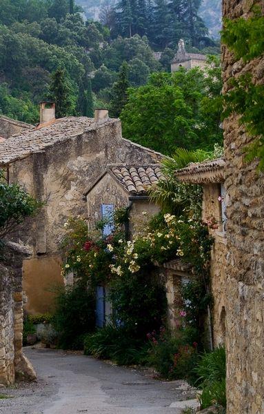 Oppède village, Luberon, Provence, France