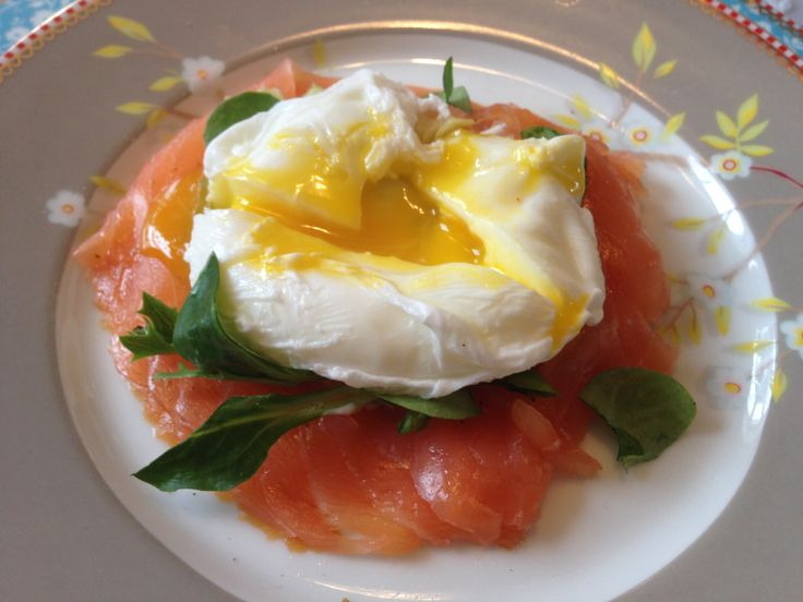 Last christmas brunch. A poached egg with smoked salmon