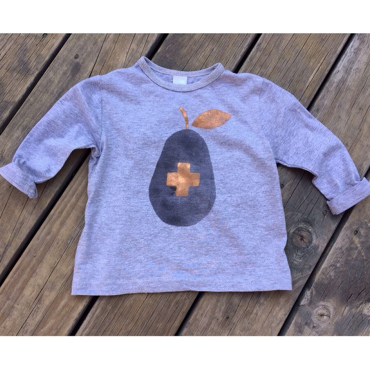 ➕one 'Pear plus' boys tee designed + individually handpainted by me using eco-friendly water based fabric paints onto 100% grey marle cotton.  Sizes 1 - 7 For more info please email  webberclaire1@gmail.com  Handpainted Hobart, Tasmania