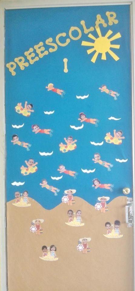 Puerta del salón de clases decorada de verano/summer classroom door decoration